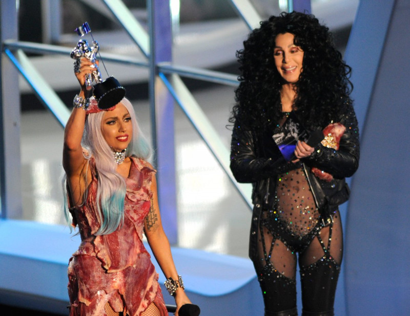 Won 8 awards in 2010 MTV Video Music Awards